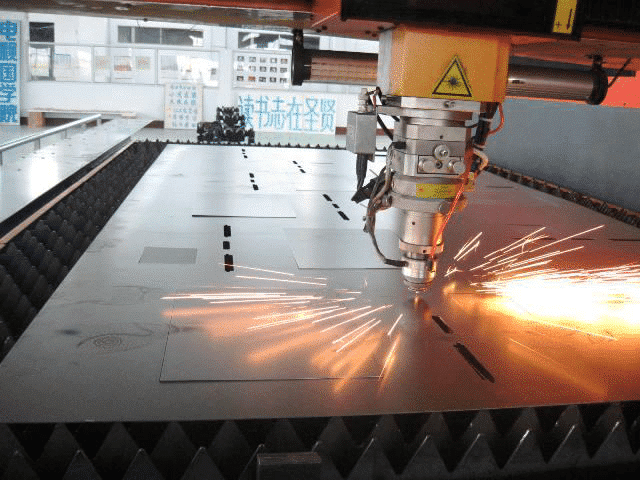 An In-depth Comparison of the Four Processing Methods: Laser Cutting, Water Cutting, Plasma Cutting, WEDM 2