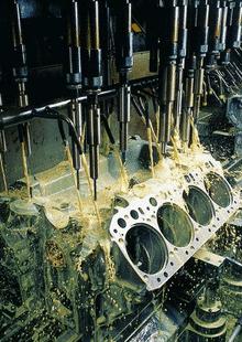 Application of Cutting Fluid 2