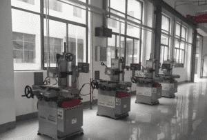 How to maintain a CNC machine? 1