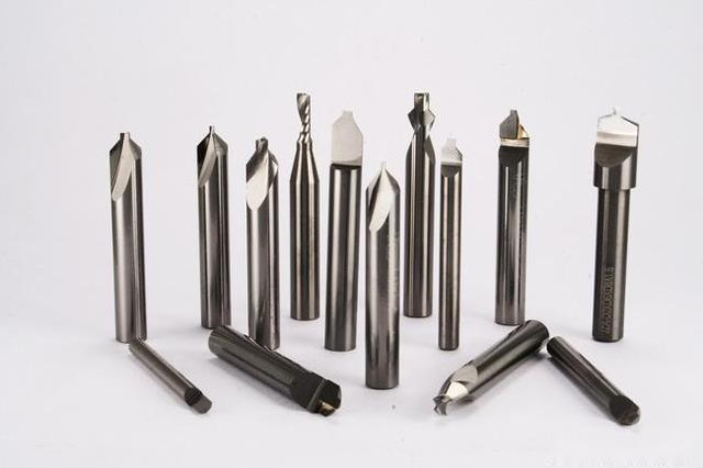 What Cause Risks of Unexpected Breakage on Maching Tool? 2